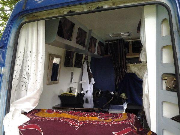 reamenagement interieur renault trafic page 4. Black Bedroom Furniture Sets. Home Design Ideas
