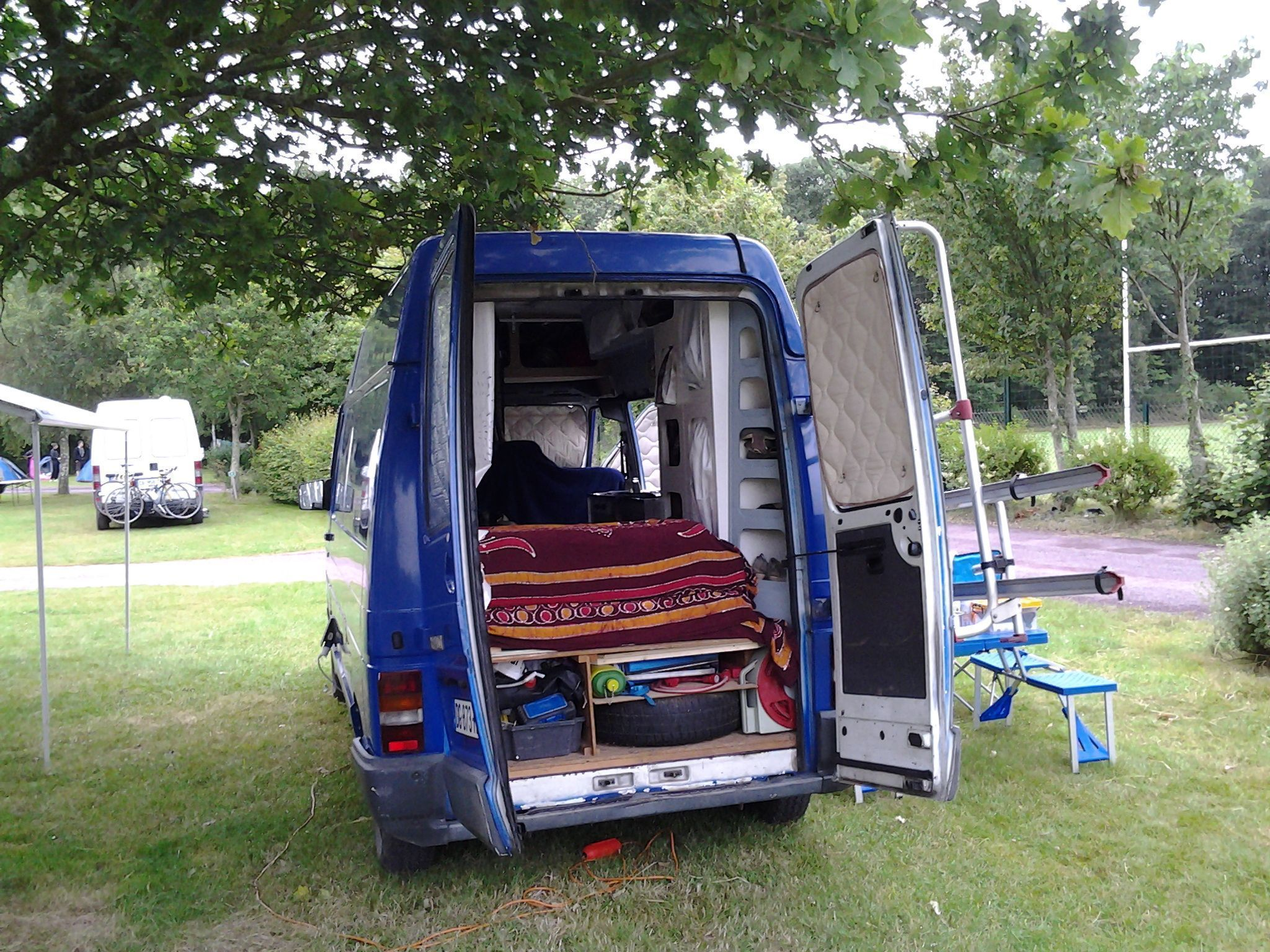 renault trafic am nag camping car. Black Bedroom Furniture Sets. Home Design Ideas