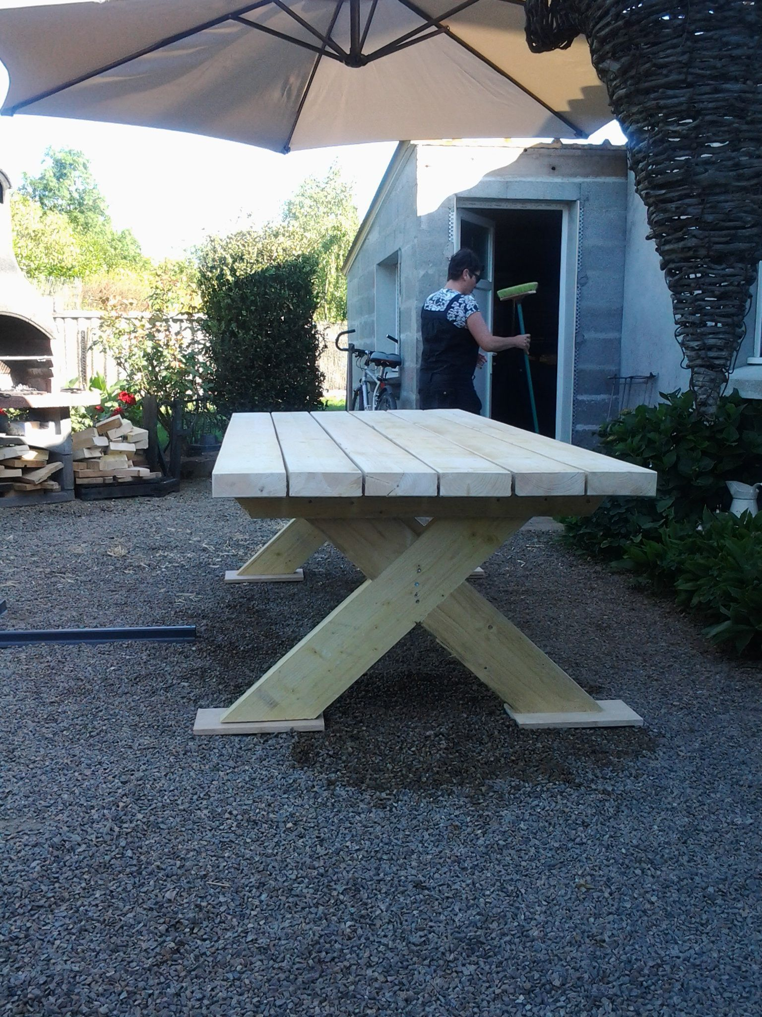 fabrication table de jardin bois